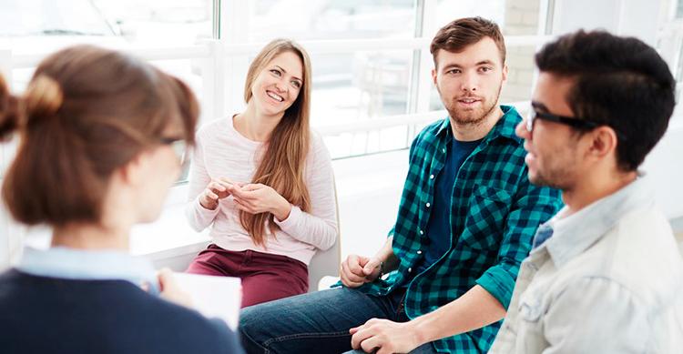 Hábitos a mejorar en una buena comunicación según Sanchis asesores