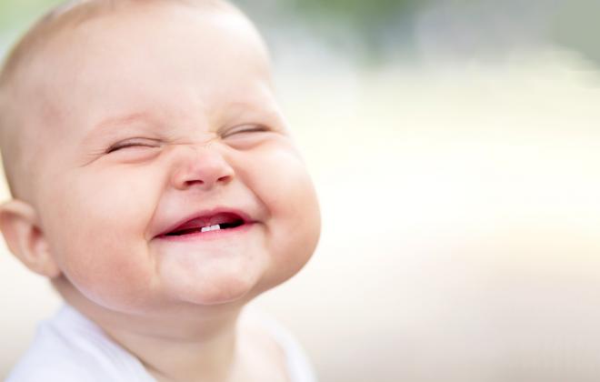 Lo que cambia una cara por sonreír por Sanchis asesores