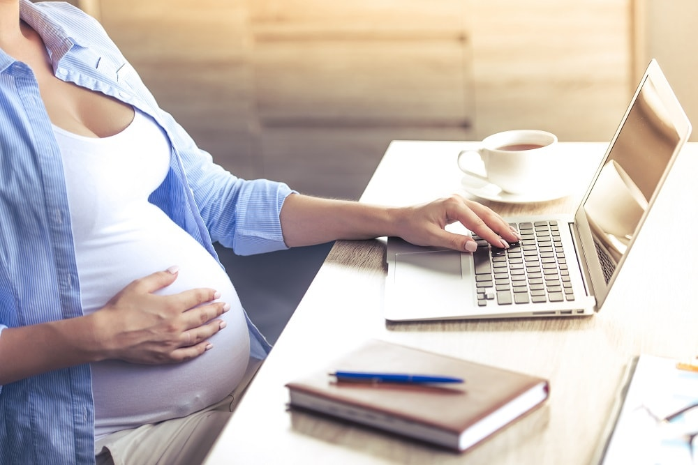 Devolución de hacienda de la baja por maternidad en Sanchis asesores